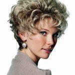 klassischen shag frisuren kurze blonde perücke für frauen gewellte synthetische perücken mit pony falschen
