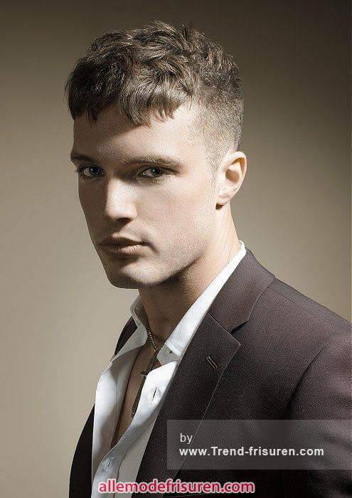 kurze lockige haarschnitte maennlich 1 - Kurze lockige Haarschnitte männlich