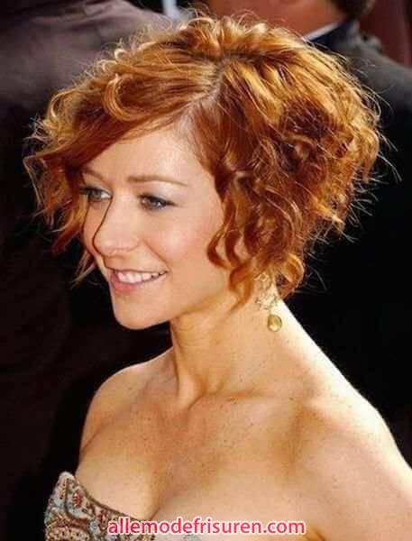 kurze bob frisuren fuer lockiges haar 12 - Kurze bob Frisuren für lockiges Haar