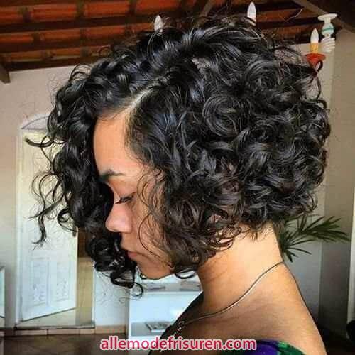 kurze bob frisuren fuer lockiges haar 15 - Kurze bob Frisuren für lockiges Haar